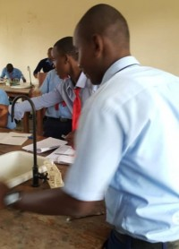 eaglessecondaryschool_students_in_chemistry-laboratory3
